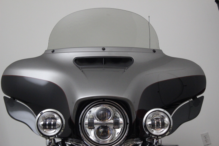 Straight Windshield for Ultra Classic®/Street Glide® 2014-2019